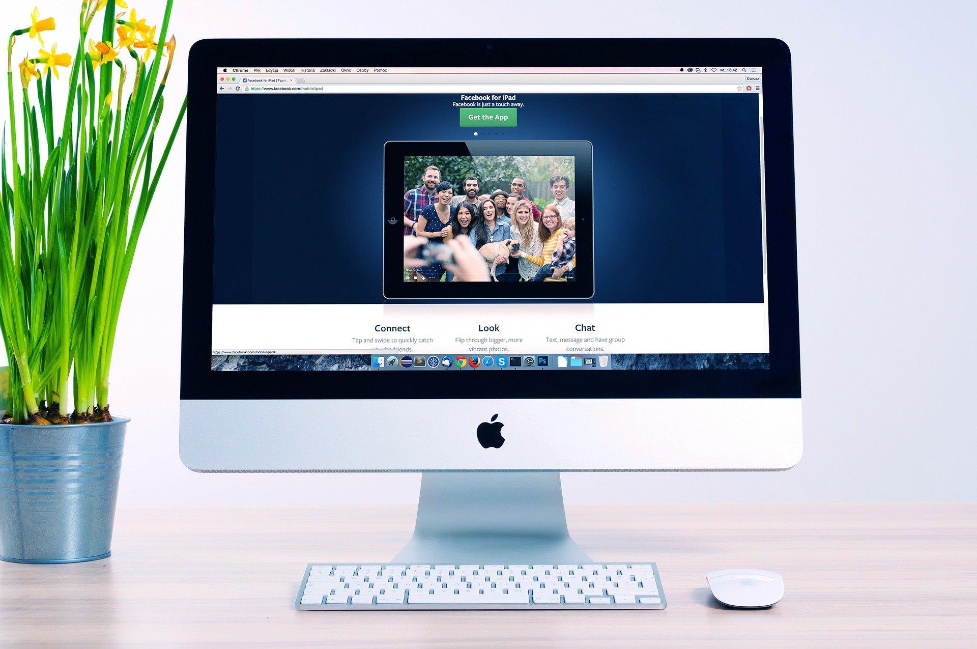 Ukendt hjemmeside vises på computerskærm